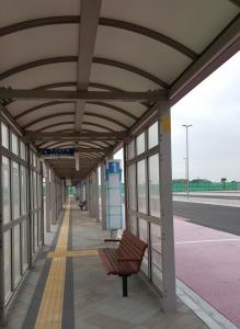 バス乗降場