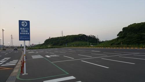 イオンモール駐車場