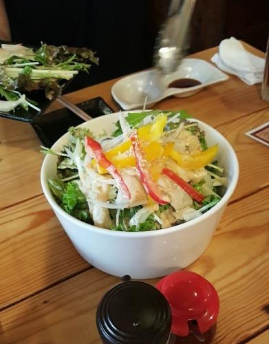 子豚食堂サラダ