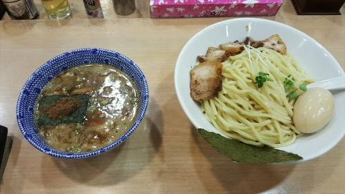 スミレ食堂特製つけ麺