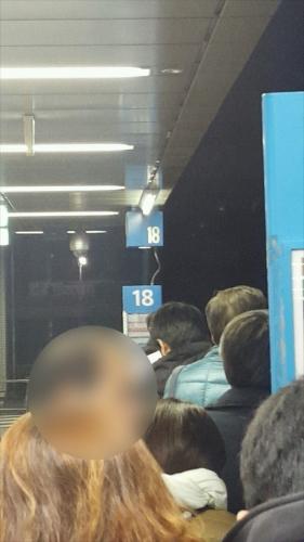 横浜駅のりば_列