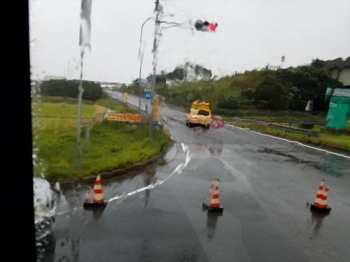 2017台風21号_アクアライン通行止め