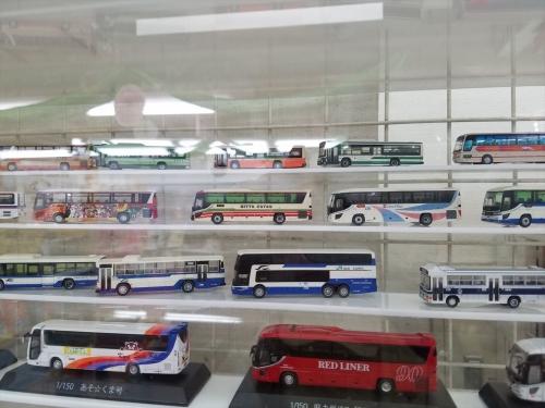 佐野SA_バスの模型2